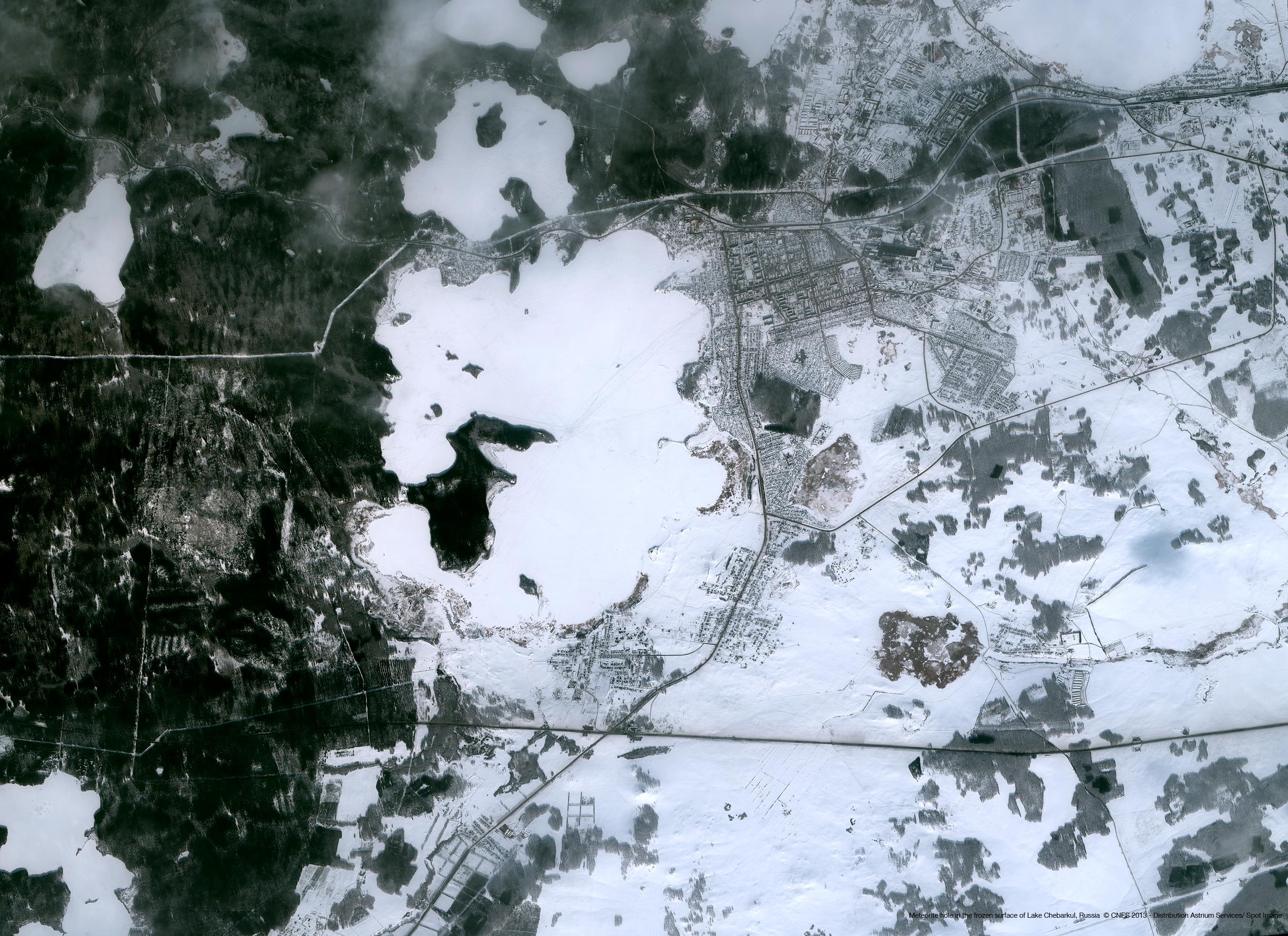 r18525_39_satellite_image_pleiades_meteorite_lake_chebarkul_russia_2013_low.png